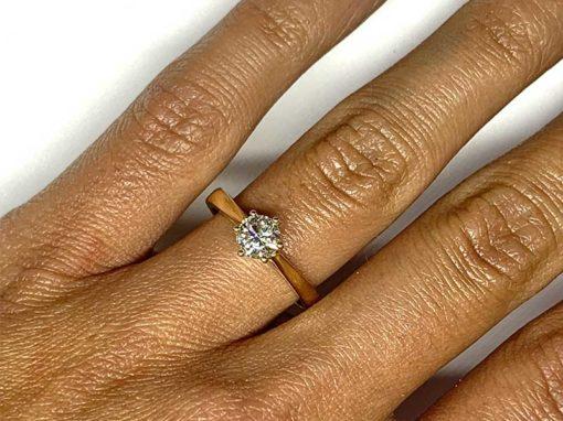 SOLITAIRE 6 GRIFFES Or jaune & Diamant