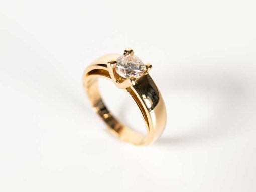 SOLITAIRE «LINE» Or jaune & Diamant